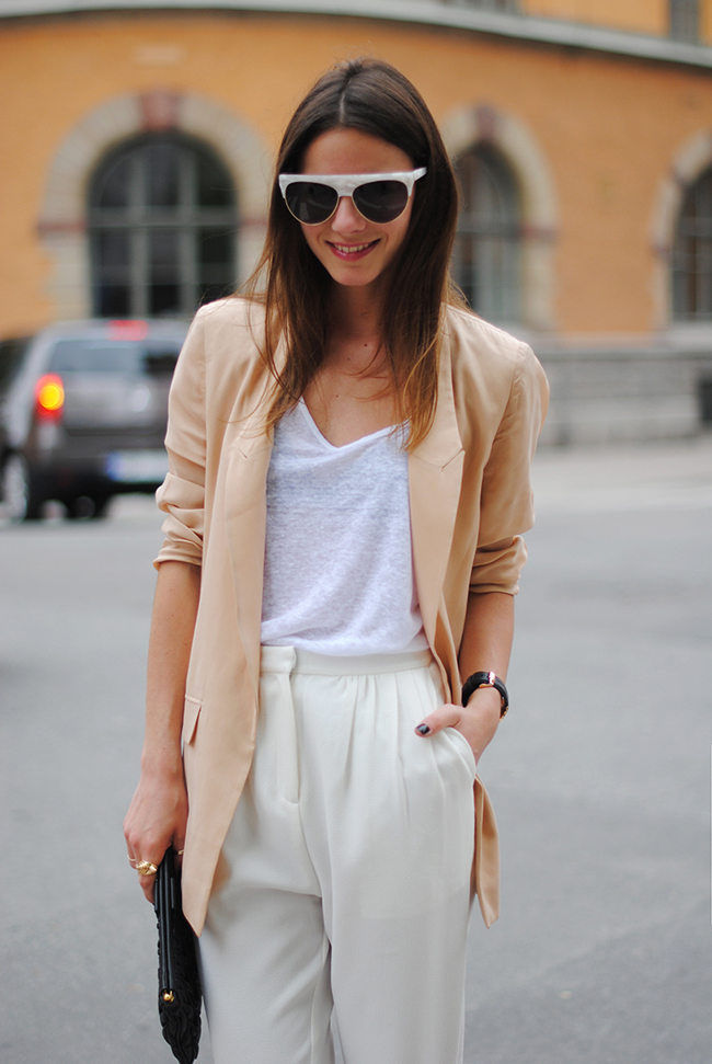 and other stories sunglasses, stockholm, sweden, capital, fashion, moda, monki pants, white